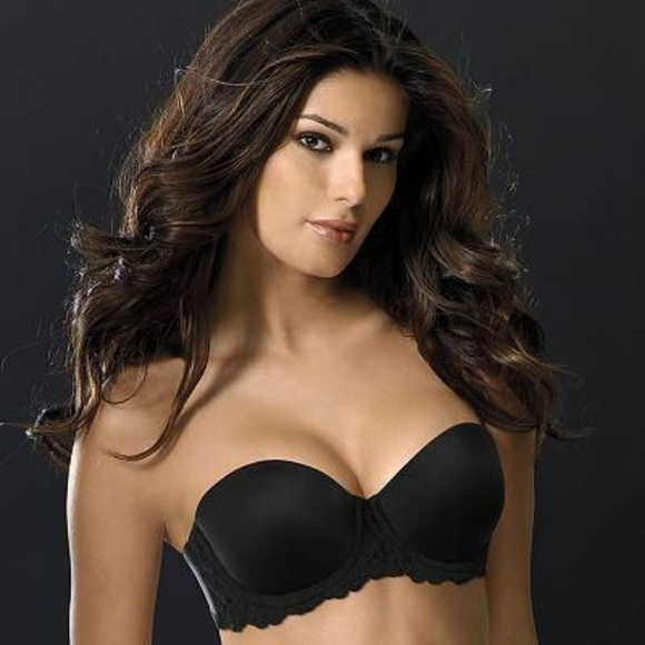 babc91e0d5 Wonderbra Strapless Underwire Push Up Lace Bra. M 5b3b7690aa87709695f3feb1